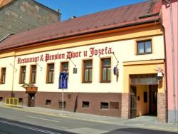 Penzión Dvor u Jozefa  Lučenec
