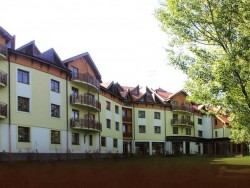 CSÁRDA KORMORÁN - Hotel BONBÓN BRATISLAVA Bratislava