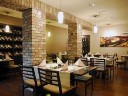 COSMOPOLITAN Reštaurácia HOLIDAY INN Žilina Žilina (Żylina)