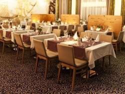 Reštaurácia - Hotel ASTRUM Laus**** Levice