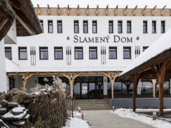 Reštaurácia SLAMENÝ DOM Malá Ida