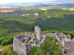 Hrad TEMATÍN Stará Lehota