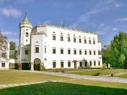 Kaštieľ v Moravanoch nad Váhom Moravany nad Váhom