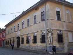 Kluchov palác s Atlantom Nitra