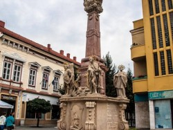 Trojičný stĺp v Komárne Komárno