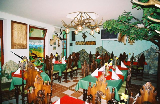 HUBERT VARGA Restaurant & Pension #10