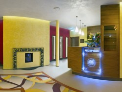 AIR Hotel #13