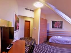 AIR Hotel #31