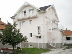 SARLOTA Apartman Veľký Meder (Nagymegyer)