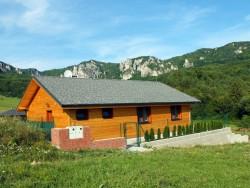 Chata POD SKALAMI Súľov - Hradná (Szulyóváralja)