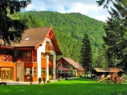 Chatová osada GADER Blatnica