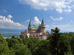 Folklórna chyža vedľa Bojnického zámku #23