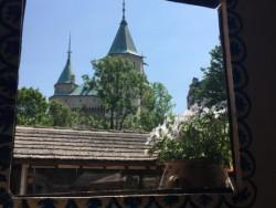 Folklórna chyža vedľa Bojnického zámku #8