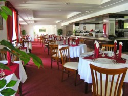 GRAND HOTEL STRAND #36
