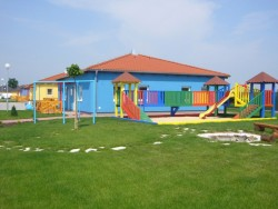 HOLIDAY VILLAGE Senec (Szenc)