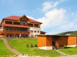 Hotel TINI Horný Vadičov (Felsővadas)