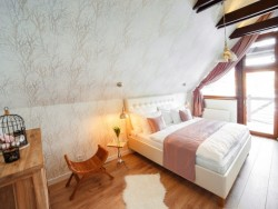Horvát Family Residence #13