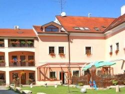 Hotel a Reštaurácia PHOENIX Trnava