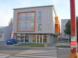 Hotel ARLI Senica (Senitz)