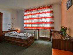 Hotel Avalanche #9