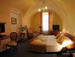 Hotel ČIERNY OROL #11
