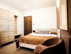 Hotel De LUXE #8