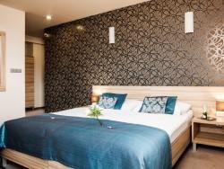 Hotel De LUXE #10