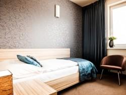 Hotel De LUXE #16