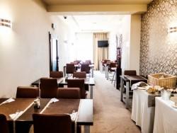 Hotel De LUXE #17