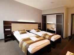 Hotel Dolphin #34