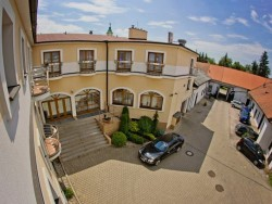 Hotel EMINENT Zlaté Moravce (Goldmorawitz)