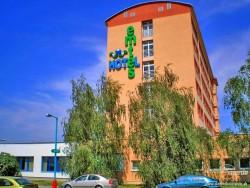 Hotel EMTES Senec