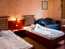 Hotel GOLFER #9