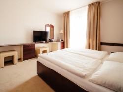 Hotel IMPOZANT #13