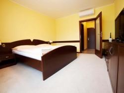 Hotel IMPOZANT #42