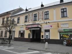Hotel JELEŇ Pezinok