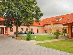 Hotel Kaštieľ Topoľčany #4
