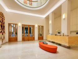Hotel LEV #24