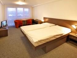 Hotel MÁJ #12