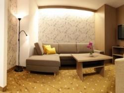 Hotel MÁJ #16
