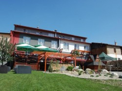 Hotel MENHARD #2