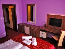 Hotel MENHARD #4