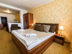 Hotel MERKÚR #27