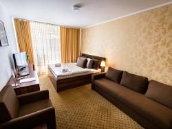 Hotel MERKÚR #28