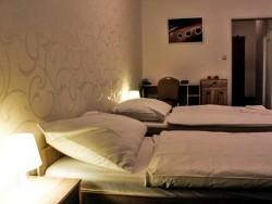 Hotel MODENA #17