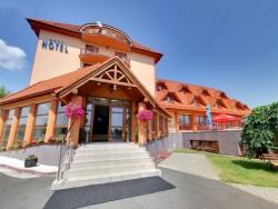 Hotel ONDAVA - White Horse Stropkov