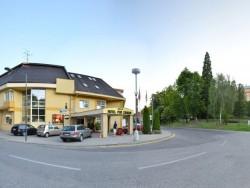 Hotel POD ZAMKOM Bojnice (Bajmóc)