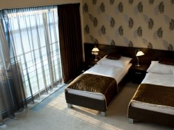 Hotel RIVER #7