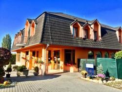 Hotel SENICA Senica (Senitz)