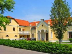 Kaštieľ DEZASSE JASLOVSKÉ BOHUNICE Jaslovské Bohunice